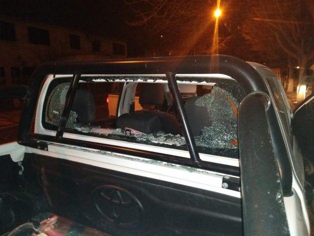 Ladrón se atrincheró en una camioneta en las 1200 Viviendas