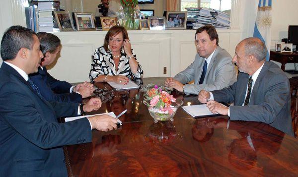 Weretilneck acordó políticas de seguridad con la ministra Garré