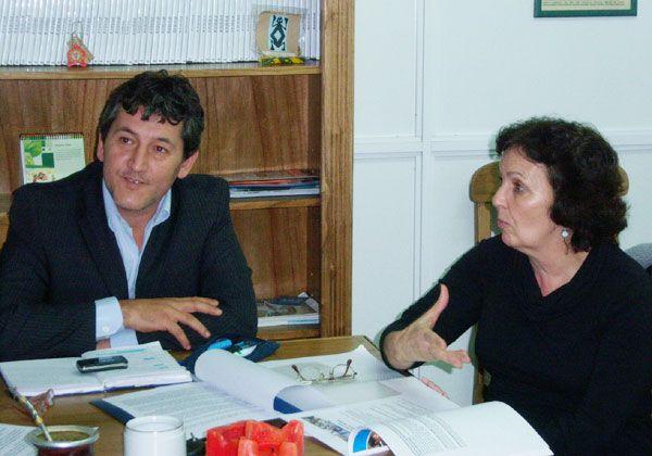 La candidata Mancini dialogó con el ministro de Educación