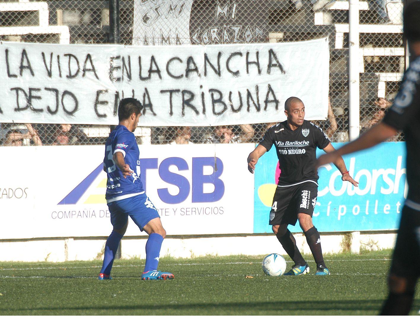 Cipolletti goleó a Alvarado y se alejó del descenso