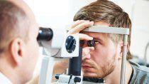 oftalmologos podrian no atender prepagas y obras sociales