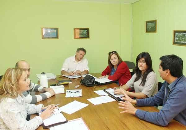 Bravo interiorizó a concejales sobre asentamientos