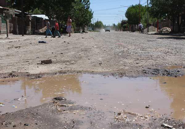 Desde ARSA niegan problemas cloacales en el barrio Anai Mapu