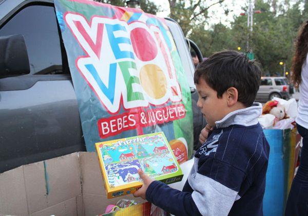 Red Solidaria entrega juguetes en El 30