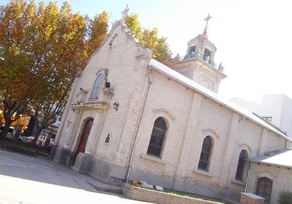 Piden que sea monumento histórico capilla de la Sagrada Familia