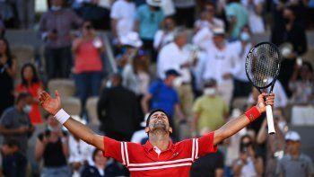 El festejo de Novak Djokovic.
