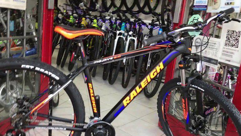 Cipoleña se compró una bicicleta y se la robaron a los tres días