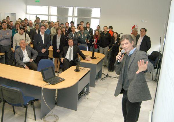Lanzan llamado a licitación para la construcción de 66 viviendas en Cipolletti