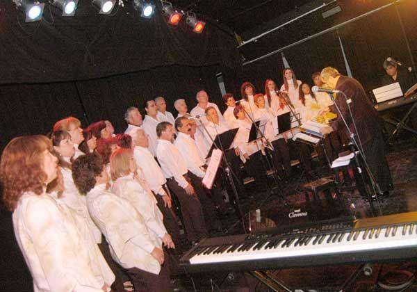 Festival de música a beneficio de una escuela