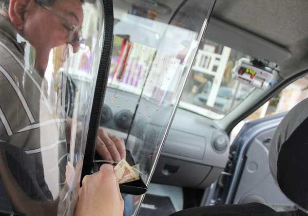 Buscan más seguridad para taxistas