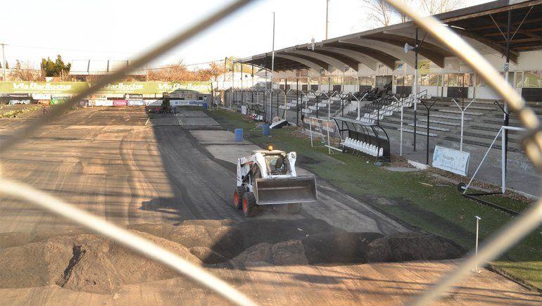 Entran las máquinas a levantar el asfalto de La Visera