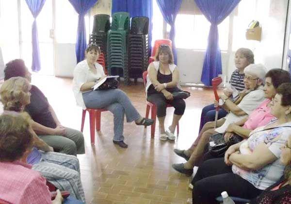 Convocan a voluntarios para alfabetizar
