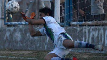 Sacha Gutiérez fue figura en los penales ante Centenario en cuartos y Pacífico en semi.