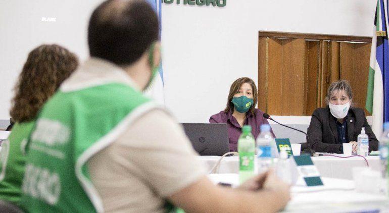 Una mesa especial estudiará la situación del personal de Salud