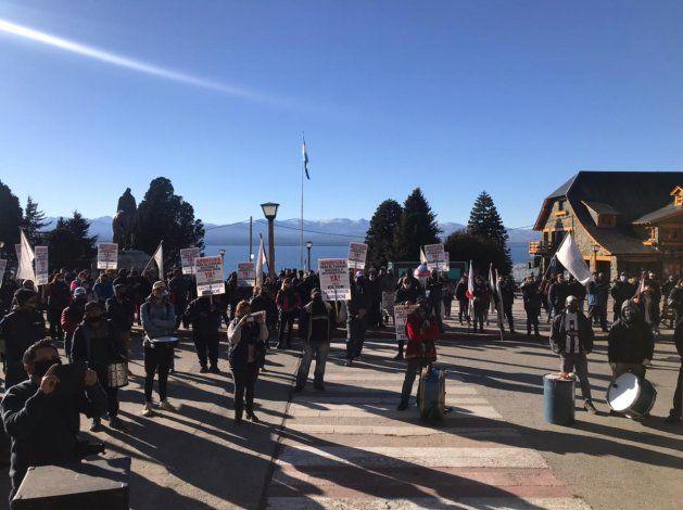 Hoteleros y gastronómicos cortan entrada a Bariloche
