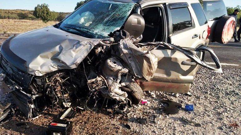 Familia cipoleña chocó de frente contra un camión en la Ruta 22