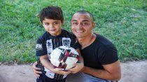 Damián Jara junto a su hijo Juan Agustín en el lunes libre.