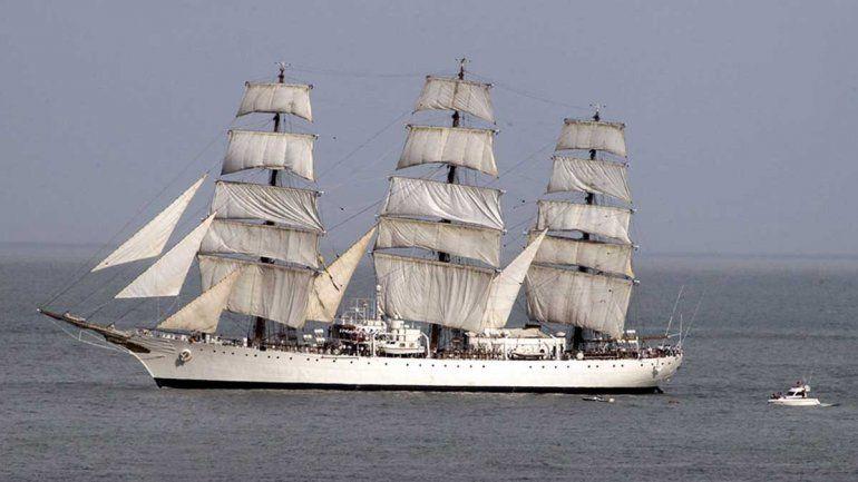 La fragata Libertad llegará por primera vez a Viedma