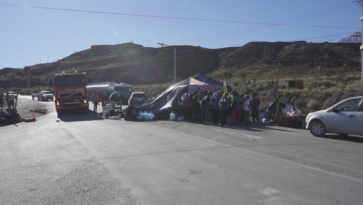 Las petroleras, expectantes por la liberación de rutas en Añelo