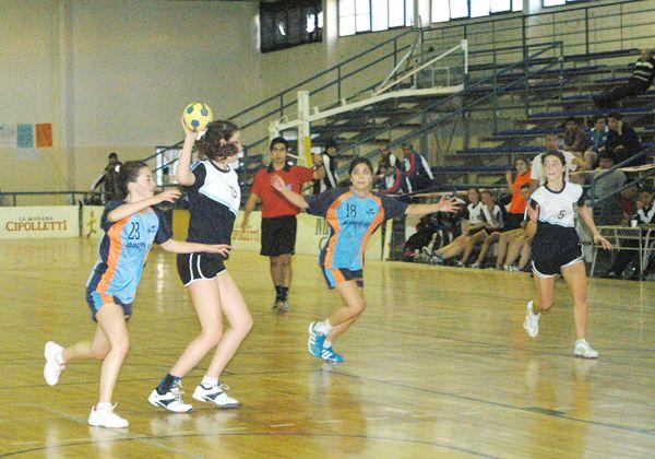 Arrancó el Nacional B de handball para cadetes