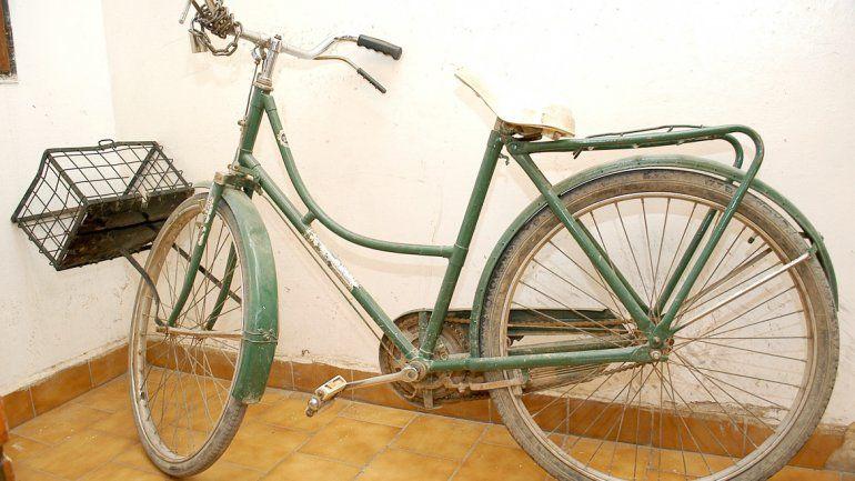 La bicicleta del vecino del barrio Brentana no resultó con importantes daños a pesar de la colisión con la moto.