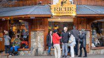 Sin nieve, desbordan los restoranes y las excursiones en los destinos cordilleranos.