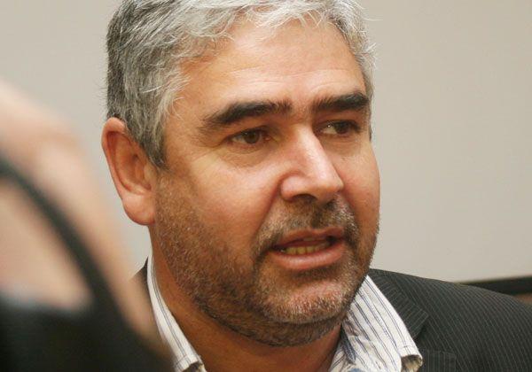 Sobresueldos: González sin notificación