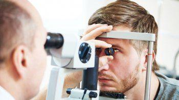 oftalmologos analizan dejar de atender prepagas y obras sociales
