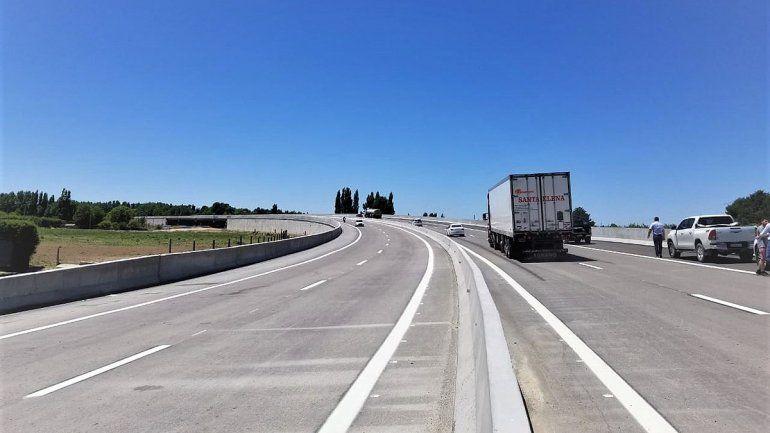 Postergan la habilitación de uno de los puentes de la Autopista Ruta 22