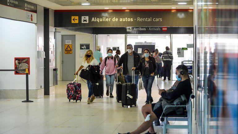 Un paro en el aeropuerto neuquino podría afectar los vuelos