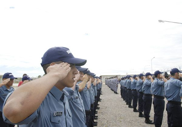 Convocan a jóvenes rionegrinos a sumarse a la Policía