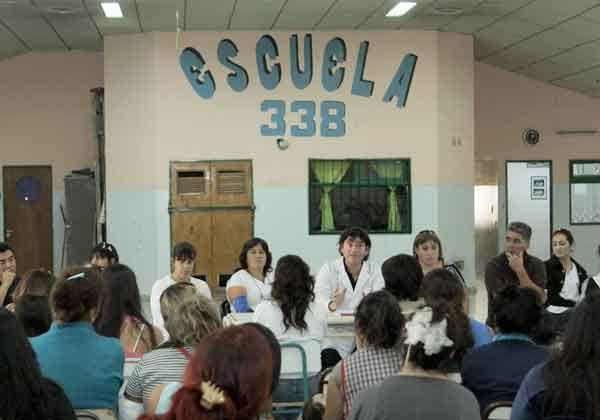 Persisten los problemas en el edificio de la escuela primaria de las 1.200