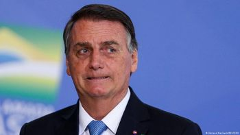 Prohíben ingreso de Bolsonaro a Santos-Gremio por no estar vacunado