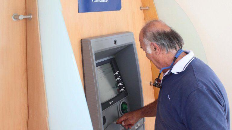 Se podrán utilizar los cajeros y el sistema de homebanking.