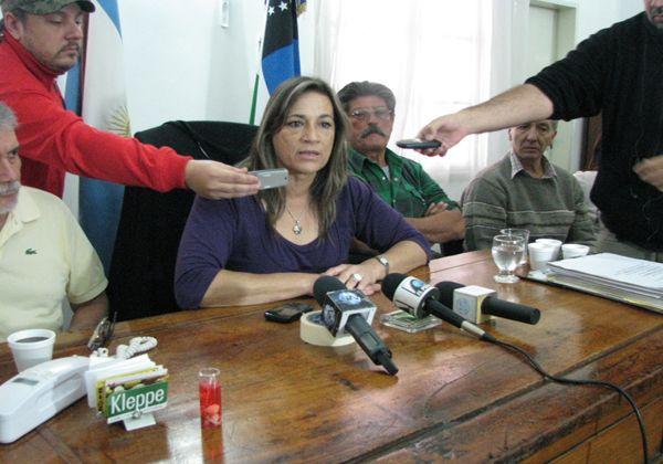 """Liliana Alvarado: """"no me apartaré de la estructura legal"""""""