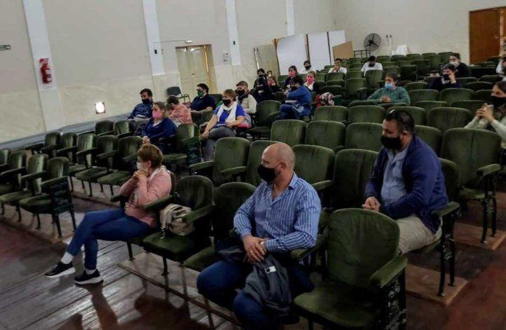 Trabajadores municipales de Allen aprenden el Lenguaje de Señas