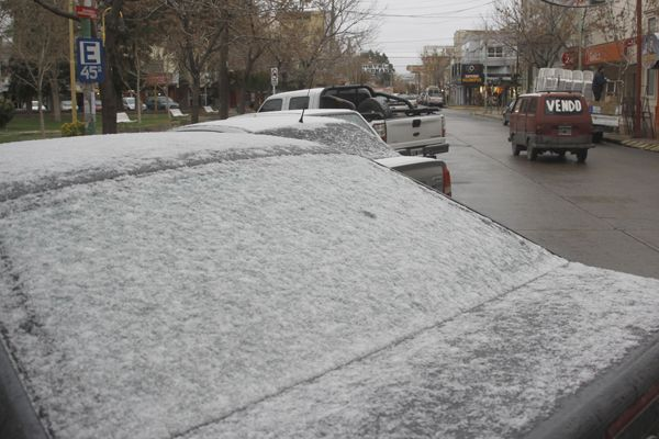 Mañana nevada en la ciudad
