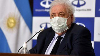 Ginés aseguró que en diciembre vacunarán a grupos de riesgo