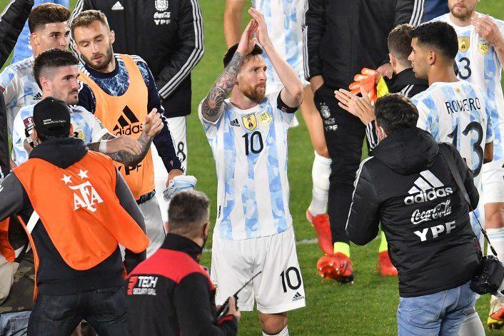 Vignolo se dio vuelta y exageró, y Liberman ninguneó a Messi