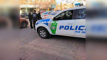 vecinos y policias atrapan a un ladron de motos en pleno centro