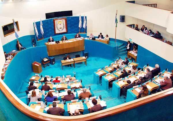 La Legislatura no debatió el sueldo de los órganos de contralor