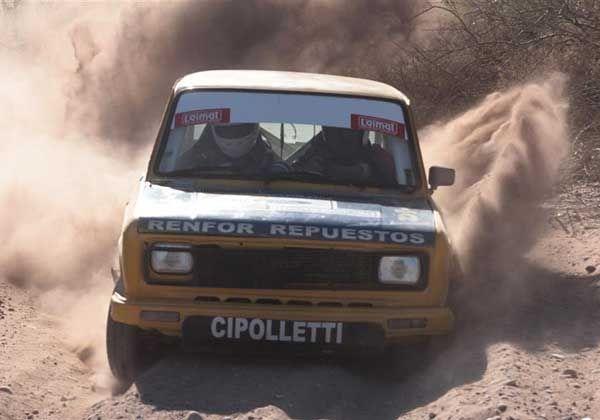 Badillo y Schichi, arriba en la primera etapa del rally
