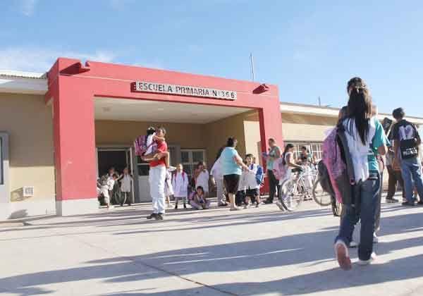 La Escuela 366 cumple su primer año