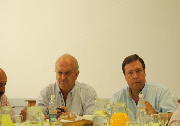 Están reunidos Gobierno, CAFI y productores