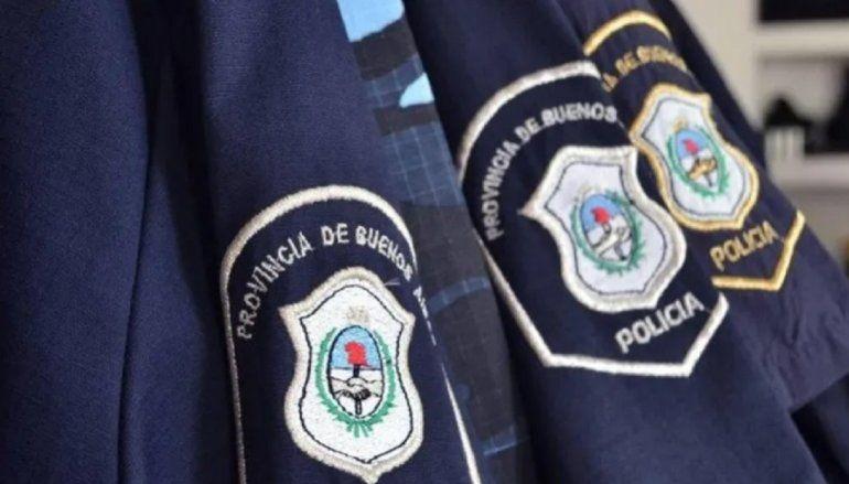 Desafectan a 18 policías por una presunta fiesta clandestina. Son de la Bonaerense.