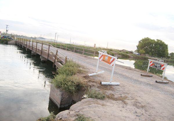 Restringen circulación en un puente de El 30