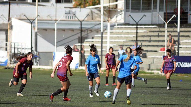 La iniciativa del Fútbol Femenino contra la discriminación y violencia
