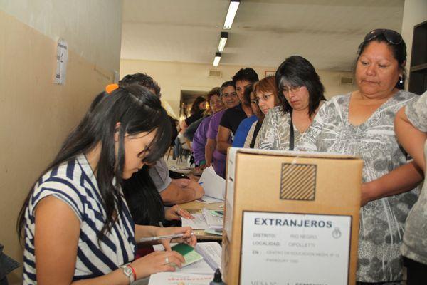 Hace 61 años las mujeres votaban por primera vez en Argentina