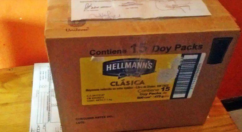 Le entregaron los restos de su abuelo en una caja de mayonesa