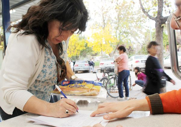 Polémica por recolección de firmas